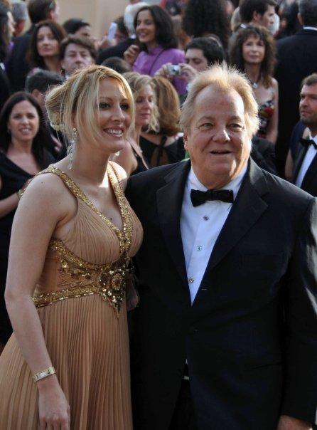 Loana et Massimo Gargia, deux hallucinations collectives au Festival de Cannes 2009 (photo : Georges Biard pour Wikipedia).