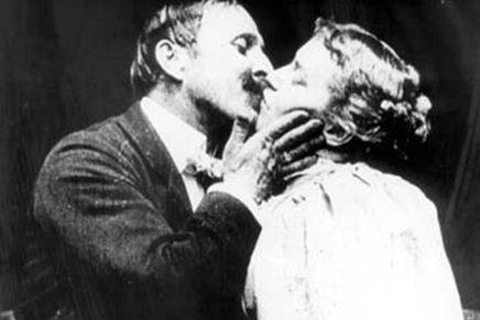 The Kiss (1896) : premier baiser