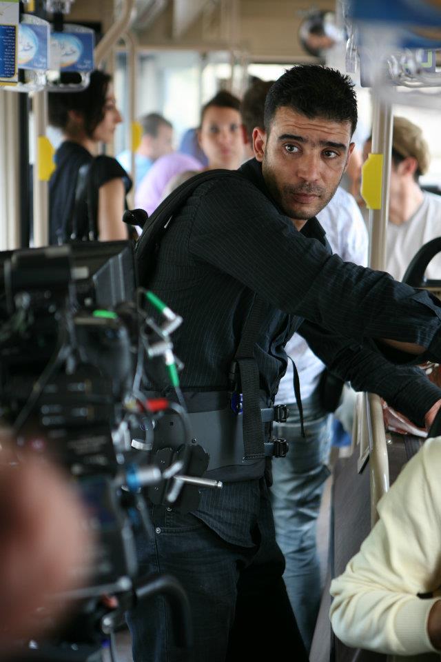 Un opérateur steadycam sur le tournage.
